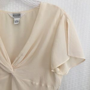 Allison Taylor 100% Silk Off White Large